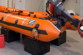 Zodiac rescue boat service